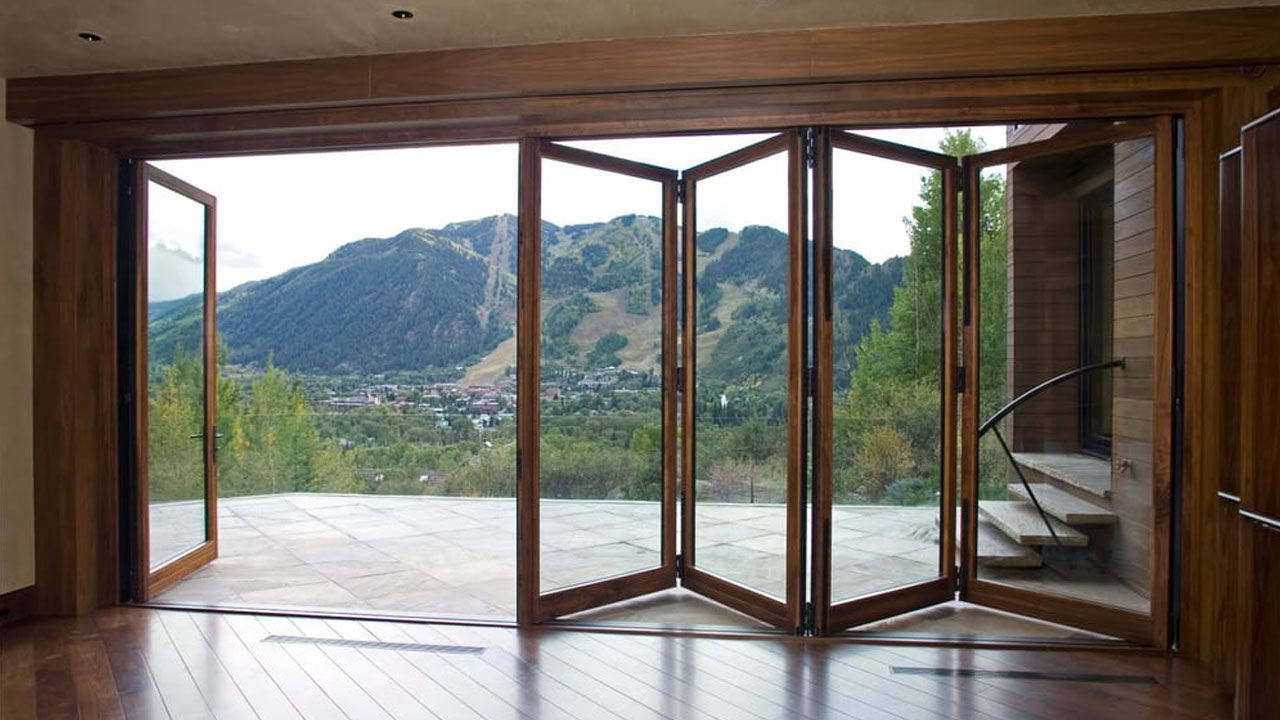 Bifolds with a traffic door